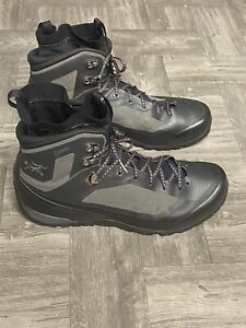 Authentic Arcteryx Gray Boots 11