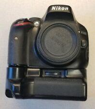 Nikon D5100 16.2MP Digital SLR Camera - Black (Body Only) Meike MK-D3100 Grip