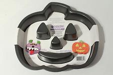 Wilton Jack O' Lantern Non-Stick Cake Pan - Halloween Bakeware Pumpkin