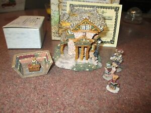 BOYDS BEARLY-BUILT VILLAGE 2000 PUBLIC LIBEARY & ACCESSORIES #19006