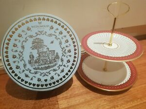 """Wedgwood Harlequin """"Queen of Hearts"""" RARE Cake Stand"""