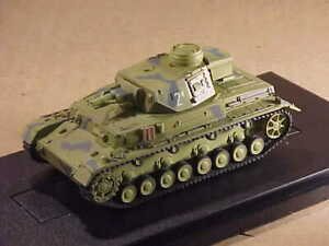 DRAGON ARMOR #60695 1/72  Panzer IV Ausf.F1(F) Medium Tank, Eastern Front 1942