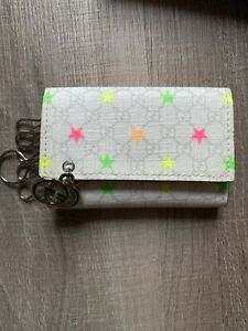 New in Box Authentic GUCCI 212111 GG Canvas Key Holder Key Chain Star Multicolor