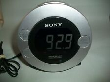 Sony Dream Machine ICF-C7iP Alarm Clock Radio iPod/iPhone Dock W/ Adapter No Rem