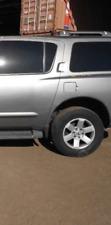 2004 05 06 07 08 09 10 Nissan Armada/Infiniti QX56 Rear Driver Vent Glass OEM