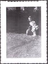 VINTAGE 1948 HALLOWEEN HOLLOWEEN LITTLE GIRL JACK-O-LANTERN PUMPKIN OLD PHOTO