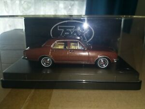 Holden HG Premier Sedan TR83 burnished bronze metallic Trax 1:43 Top Gear