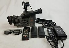 CANON A1 DIGITAL 8MM VIDEO CAMCORDER HI8 + Accessories Camera powers-up