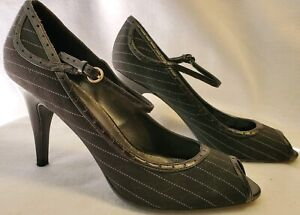 Connie Womens Black & White Fabric Leather Ankle Strapped Pump Peep Toe 10M  A29