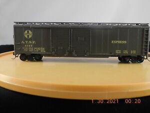 Athearn HO Scale 50' Double Door Express Box Car Santa Fe