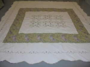 Pretty Handmade California King Green & Purple Table Top w/Embroid Frame Quilt