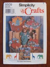 SIMPLICITY PATTERN - 9509 CRAFTS NOAH'S ARK WALLHANGING ANIMALS CLOTHES UNCUT