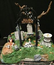 """Lemax 74605 Spooky Town Halloween Decor """"Restless Tombstones""""-Lighted-Retired"""