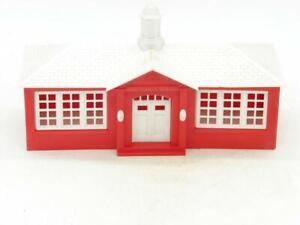 O Gauge Bachmann Plasticville School House Kit SC-4  #2 White Roof