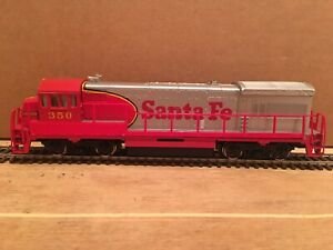 HO Bachmann Santa Fe GE U36B Powered Diesel Locomotive ATSF #350