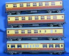 HORNBY DUBLO OO GUAGE 3 RAIL 4 x BR BROWN/CREAM COACHES as photograph Lot C