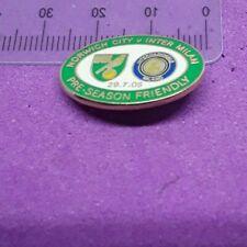 NORWICH  CITY v INTER MILAN FOOTBALL CLUB 2005 FRIENDLY PIN BADGE (G47)
