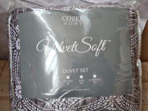 Cozee Home Angelina Velvetsoft 4 Piece multi Floral Duvet Set - new