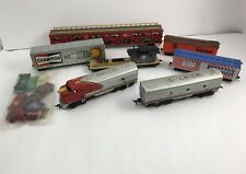 Ho Scale - Tyco Santa Fe 4015 Locomotive Freight Express, 7pc. Train Set - 1970s