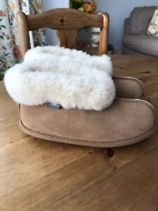 Ladies Just Sheepskin Bootee Slippers Size 3-4