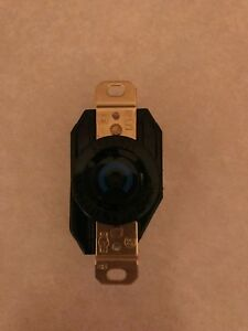 (1) New Hubbell HBL2620 Twist-Lock Receptacle 30A 250VAC or DC