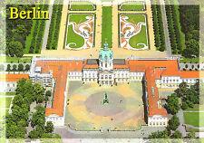 Berlin  -  Luftbildpanorama Schloss Charlottenburg mit Schlossgarten