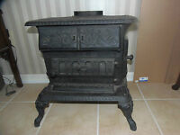 Antique VICTORIAN W.J.Loth Stove.Cook,Laundry stove Parlor stove 2-Burners 1885