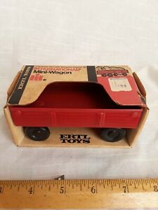 Rare Vintage Mint Condition International Harvester Mini Wagon
