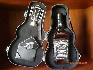 Jack Daniels Gitarrenkoffer mit Flasche 0,7 Liter