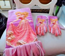 Girl's pink Disney Princess glove and scarf set