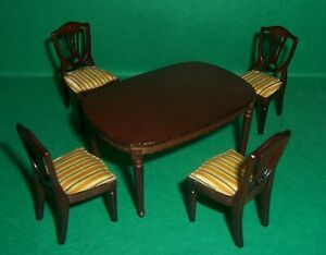VINTAGE 1970's LUNDBY DOLLS HOUSE DARK WOOD ROYAL DINING TABLE AND CHAIRS