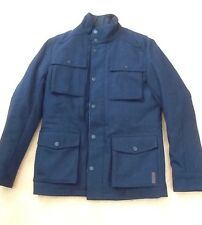BNWT Uomo Ben Sherman Staples in Melton Field Jacket MF00261 in blu scuro. Taglia XS.