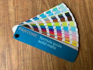 Pantone formula guide solid matte - First Edition 2002 - 4th printing