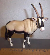 Schleich brand, ORYX, 4 inches long, great collectible, no tags, but very nice