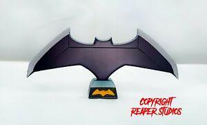 Batman VS Superman Batarang with Display Stand, Prop Replica DC Cosplay