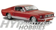 MAISTO 1:24 1967 FORD MUSTANG GT DIE CAST RED 31260
