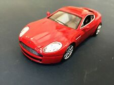 ASTON MARTIN AMV8 1/43 - VOITURE MINIATURE DE COLLECTION - SPORT CARS  IXO