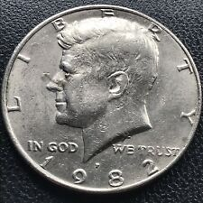 1982 P Kennedy Half Dollar 50c No FG Missing Designer Initials Error Rare #16892