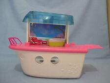 Polly Pocket White Party Boat Adventure Playset w Tub and Beach Chair Accessory