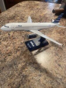 Daron Skymarks Jetblue A320 1/150 N506JB Diamonds Model Aircraft NO BOX