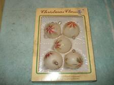 5 VINTAGE CHRISTMAS TREE GLASS ORNAMENTS, BOXED