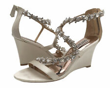 Badgley Mischka Bennet Wedge Sandals Ivory Womens Shoes Size 7 M
