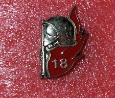 Pins SAPEURS POMPIERS Embleme Casque Lance Feu 18