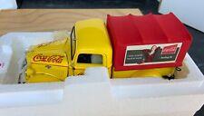 Danbury Mint Coca Cola - 1935 Delivery Truck w/Vending Machine