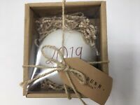 """New RAE DUNN Holiday Christmas Red LL """"2019"""" Ornament With Gift Tag By Magenta"""