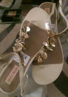 Diana Ferrari Amalie Cl Cream Sandle Flats Sz 8 Gold Embellished