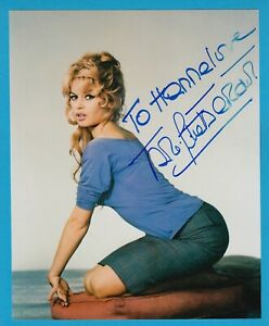 Brigitte Bardot - original signiertes Großfoto - top Motiv !!