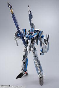 Bandai DX Chogokin VF-31AX Kairos Plus (Hayate Immelmann) Japan version