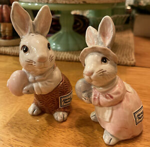 Fitz and Floyd  FF Mr & Mrs Bunny Rabbit Easter Salt & Pepper Shakers 1990