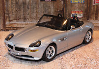 BMW Z8 1:24 Scale Die-cast Model Car Bburago